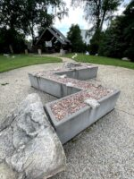 Tinner Hill Zig-Zag sculpture